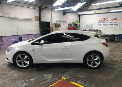 Vauxhall Astra In For Limo Tints (5%)
